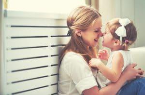 Mamma pappa barn familjeliv viföräldrar